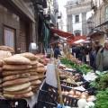 Mercato storico della Vucciria vista su piazza San Domenico