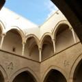 Palazzo Chiaramonte_Steri atrio_alto foto A.Gaetani