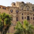 Palazzo Reale visto da Piazza del Parlamento - Foto archivio A. Gaetani