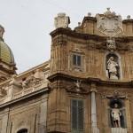 Piazza Villena e cupola chiesa S. Giuseppe dei Teatini - Foto A.Gaetani