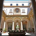 """Museo archeologico regionale """"Antonio Salinas"""" ha sede a Palermo e possiede una delle più ricche collezioni d'arte punica e greca d'Italia, nonché testimonianze di gran parte della storia siciliana"""
